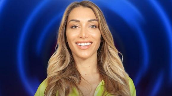 Grande Fratello Vip, Elisa De Panicis sotto accusa per frasi troppo volgari: sul web esplode la polemica