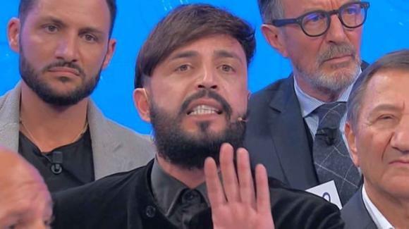 Uomini e Donne over, Armando contro tutti: l'ira di Gianni Sperti