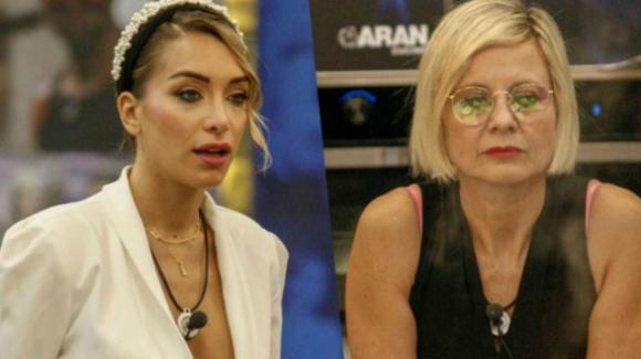 "Grande Fratello Vip, lite tra Antonella Elia ed Elisa De Panicis: ""Lei è una por**star"""