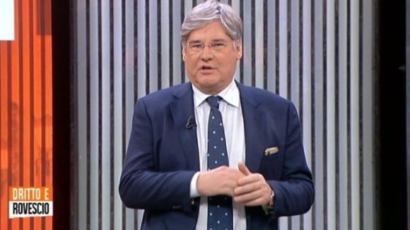 """Paolo Del Debbio, malore in diretta a """"Dritto e Rovescio"""": il messaggio per i telespettatori"""