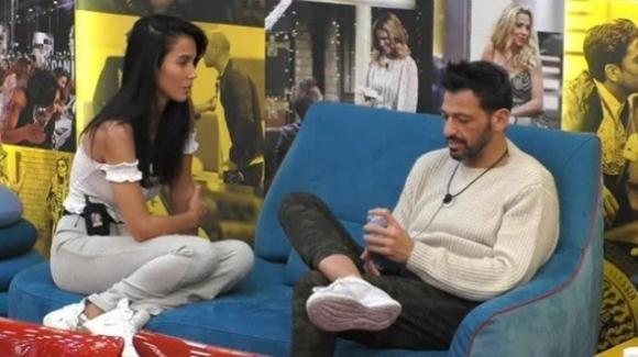 """Grande Fratello Vip, nuove confessioni notturne di Pago su Serena Enardu: """"Non voglio pentirmi"""""""