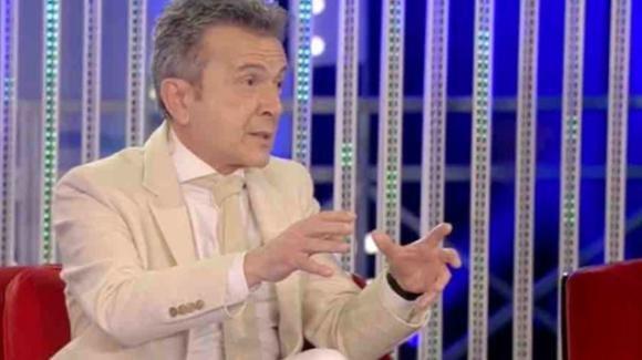 """Grande Fratello Vip, Pupo si complimenta con Alfonso Signorini ma dichiara: """"Abbiamo discusso dietro le quinte"""""""