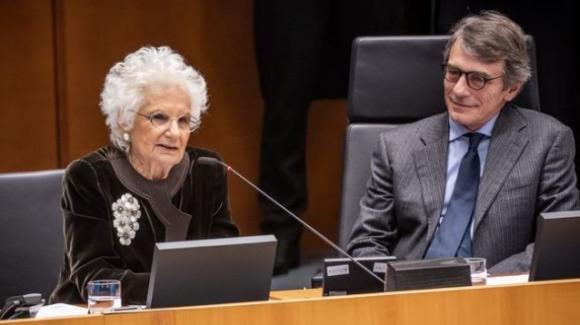 Bruxelles: Sassoli e tutti gli eurodeputati emozionati da Liliana Segre