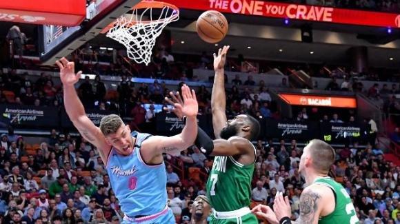 NBA, 28 gennaio 2020: i Celtics fanno fuori in trasferta gli Heat, i Bucks surclassano i Wizards