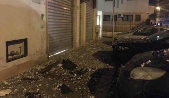 Bomba contro un centro anziani a Foggia alle prime luci del mattino