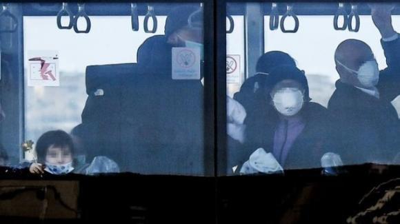 Psicosi Coronavirus. Sindaca di Torino a pranzo in un ristorante cinese per sfatare ogni paura