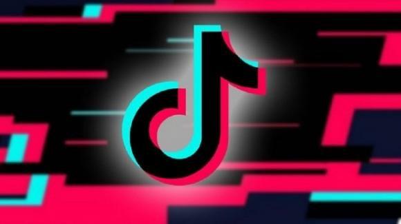 TikTok: in test il restyling dei profili, accordo con Merlin per la musica