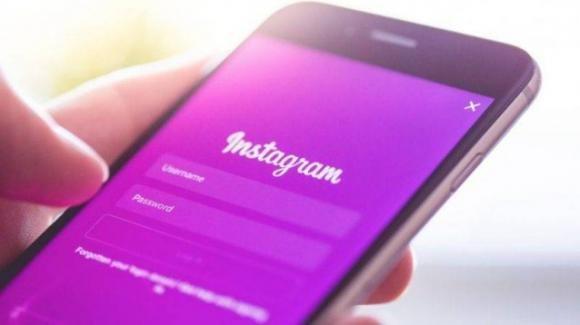Instagram: generato 1/4 degli introiti di Facebook, risposte alle Storie via GIF