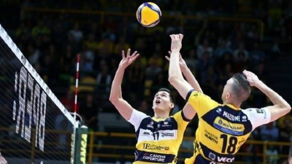 Superlega volley: Leo Shoes Modena vince 3-1 contro la Lube Civitanova
