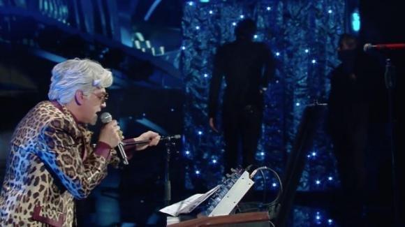 Sanremo 2020, Bugo abbandona Morgan durante l'esibizione: Amadeus annuncia la loro esclusione dal Festival