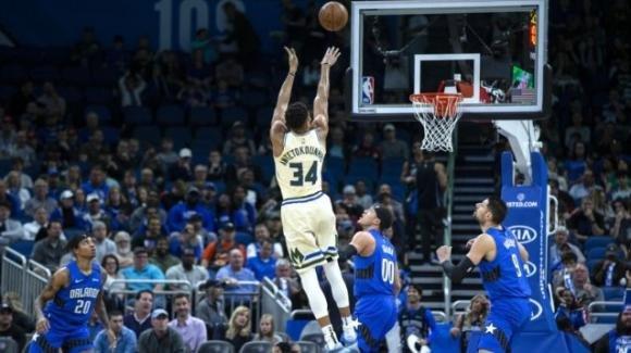 NBA, 8 febbraio 2020: Bucks vincenti in casa Magic, i Raptors ottengono 14 vittorie di fila battendo i Nets