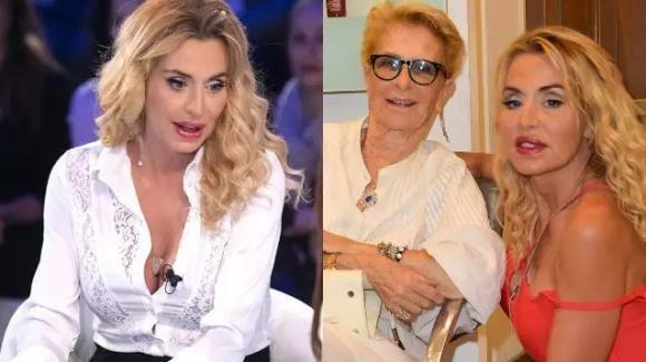 """Verissimo, Valeria Marini rivela il dramma della depressione e confessa: """"Io e mia madre Gianna, non ci parliamo più"""""""