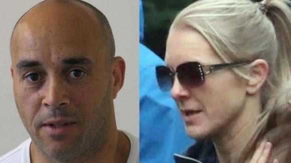 Poliziotta britannica ha rapporti sessuali con un detenuto. Per non farsi scoprire si fa un buco nei pantaloni