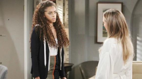 Beautiful, anticipazioni 15 febbraio 2020: Zoe non trova la forza di dire a Steffy che Phoebe è la figlia di Hope