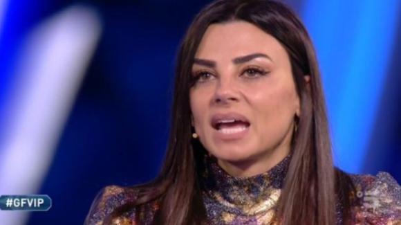 """Grande Fratello Vip, Serena Enardu parla dopo l'eliminazione: """"Vorrei sposarmi con Pago"""" e poi litiga con Adriana Volpe"""