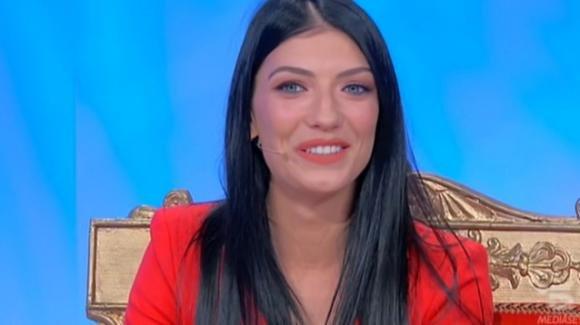 U&D, Giovanna Abate tronista: Alessandro Graziani scende per corteggiarla e Sara Shaimi si intrufola