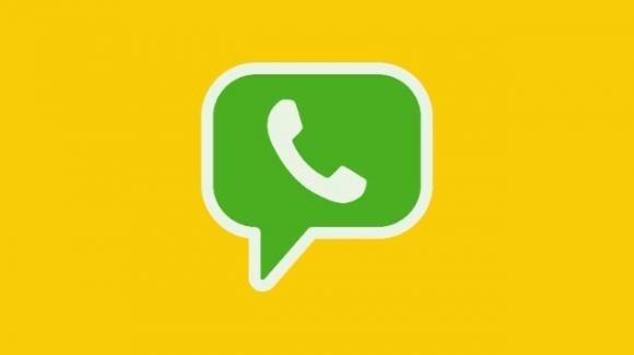 WhatsApp: dark mode e altro in beta su iOS, inizio fix per vulnerabilità sicurezza