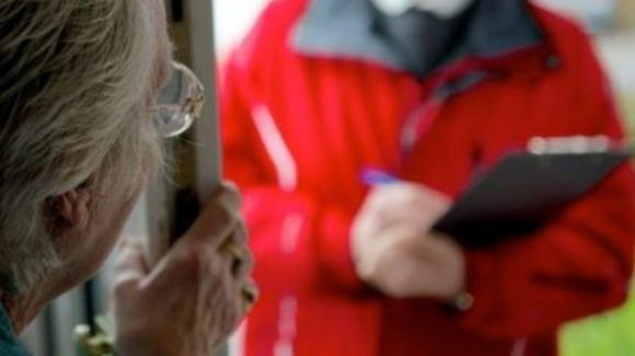Coronavirus, attenzione agli sciacalli: non aprite a nessuno