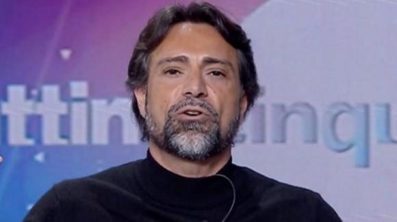 """""""Mattino Cinque"""", Pietro Delle Piane minaccia di lasciare la trasmissione e la Panicucci si scaglia contro di lui"""