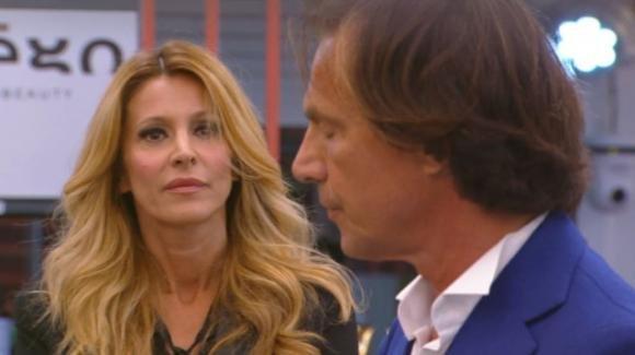 """Grande Fratello Vip, Adriana Volpe attacca Antonio Zequila: """"Come uomo mi fai pena e schifo"""""""