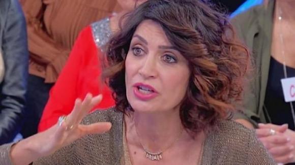 """U&D, Barbara De Santi racconta la sua amicizia con una escort: """"E' lei che usa gli uomini"""""""