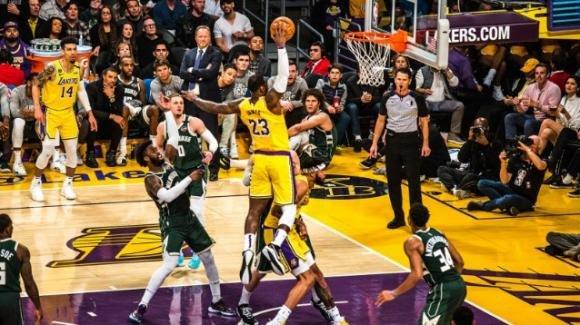 NBA, 6 marzo 2020: scontro fra prime, sono i Los Angeles Lakers a prevalere sui Milwaukee Bucks