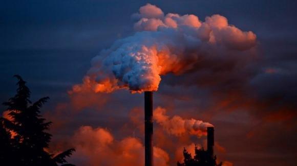 Nuovo studio rivela che l'inquinamento atmosferico riduce di 3 anni l'aspettativa di vita