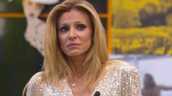 GF Vip, Adriana Volpe abbandona il programma