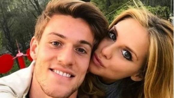 """Michela Persico, compagna del calciatore Daniele Rugani, positiva al covid-19 rivela: """"Sono incinta, ho paura"""""""
