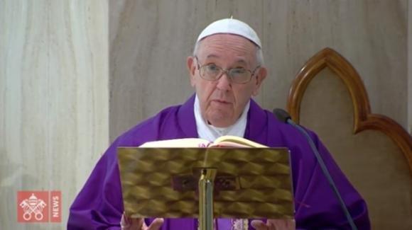 Papa Francesco, perdono di Dio senza sacerdote: ecco come