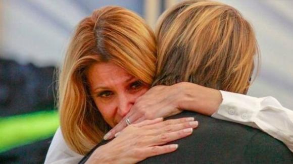 Adriana Volpe rompe il silenzio dopo la morte del suocero e l'uscita dal GF Vip