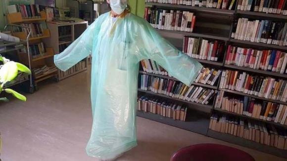 Coronavirus: ad Aosta i medici non hanno più camici ed usano sacchi dell'immondizia