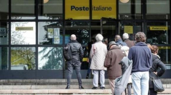 Pensioni: con il prossimo assegno il ritiro è possibile in qualsiasi ufficio postale