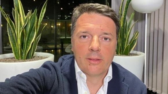 Coronavirus, Matteo Renzi vuole riaprire le fabbriche prima di Pasqua e successivamente le altre attività