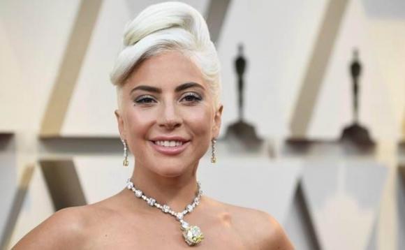 """Coronavirus, Lady Gaga: """"Ho parlato con Dio. Andrà tutto bene"""""""
