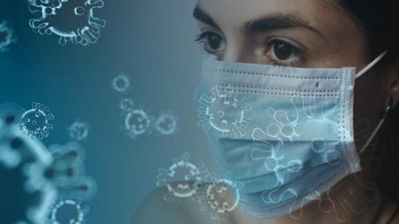 Covid-19, nuovo studio rivela che il virus si diffonde anche nell'aria