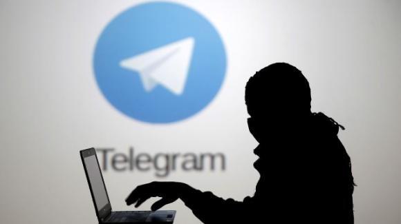 Telegram, scoperto gruppo in cui venivano scambiate fotografie di minorenni nude