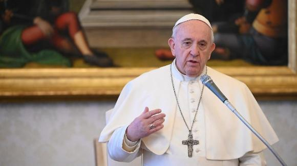 Coronavirus, Papa Francesco dona 60 mila euro all'ospedale Papa Giovanni di Bergamo