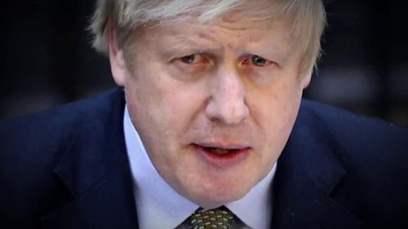 Coronavirus: Boris Johnson in terapia intensiva, si aggravano le sue condizioni