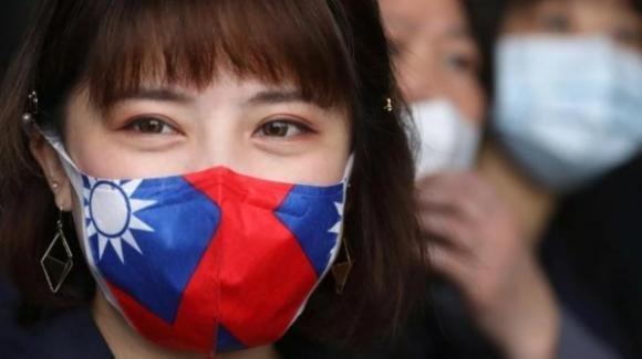 Covid-19: a dicembre Taiwan aveva avvisato l'Oms sulla trasmissione uomo-uomo