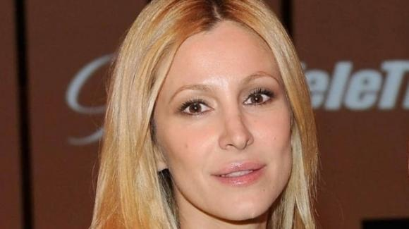 """Adriana Volpe nega la crisi matrimoniale: """"Mio marito ha avuto una botta di gelosia"""""""