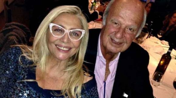 Mara Venier e il marito Nicola Carraro ai tempi del coronavirus: la quarantena li tiene lontani