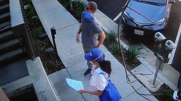 Coronavirus: Harry e Meghan portano cibo alle case dei malati di Los Angeles