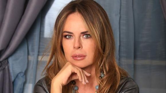 Paola Perego parla di Barbara D'Urso e annuncia il suo ritorno in TV