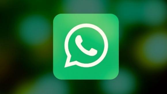 WhatsApp: ufficiale il pacchetto di adesivi dell'OMS. Bufala fase 2 Lombardia