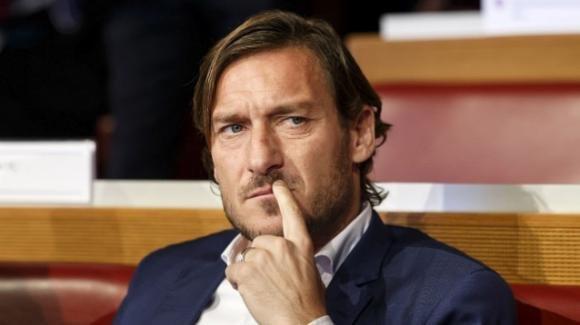 """Francesco Totti su """"Tik tok"""", merito della figlia Chanel"""