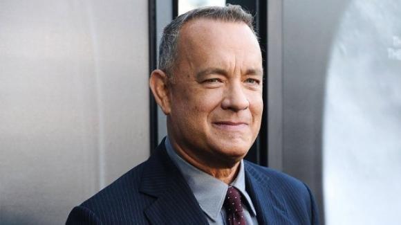 """Tom Hanks scrive a Corona, bimbo bullizzato per il suo nome: """"Hai un amico in me"""""""