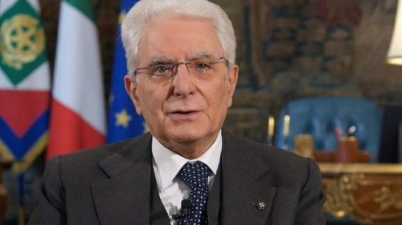 Mattarella ricorda i valori del 25 aprile, forza per ripartire