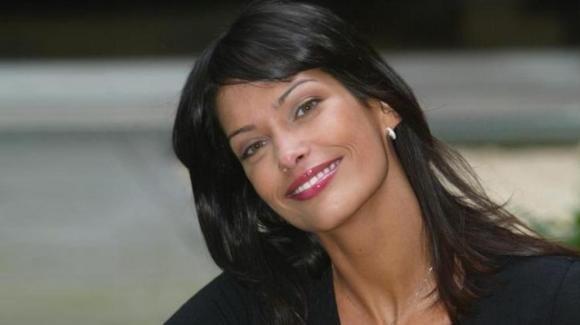 """GF Vip, Fernanda Lessa parla del bacio saffico con Clizia: """"Ho avuto voglia"""""""