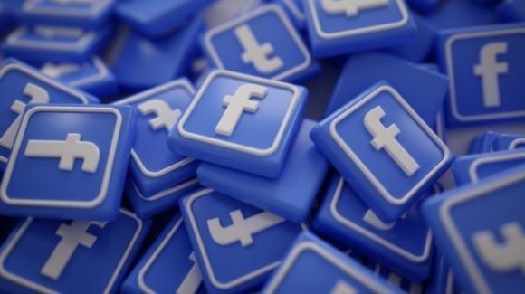 Facebook: metà dell'umanità vi fa ricorso, novità portabilità dati e Reaction emotiva